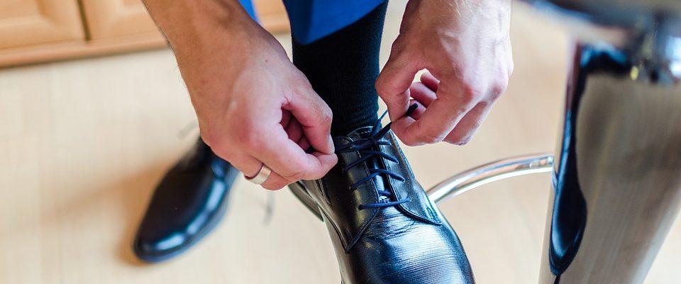 tkaničkami u bot