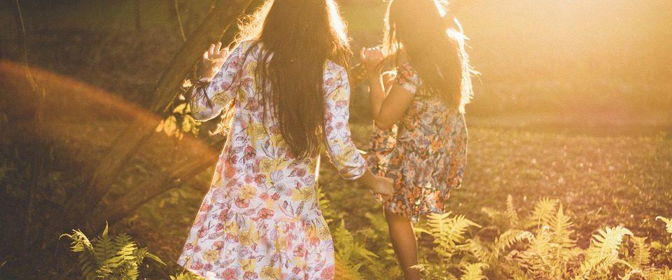 Léto patří šatům z dětství